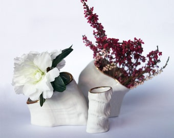 Set of three bud vases in porcelain with 14k gold rim