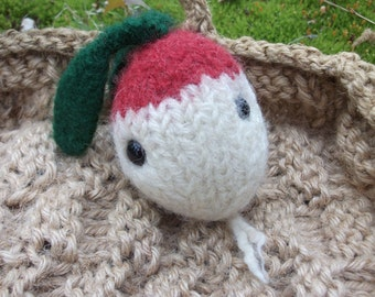 Radish plush toy, toy radish, Farmers' Market Friends, stuffed animal radish, hand knit felted radish doll, play food radish