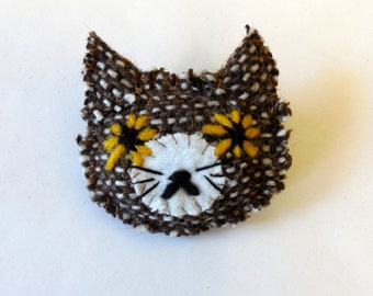 cat textile brooch - brown messy kitty