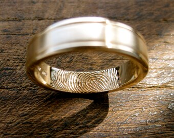 Finger Print Wedding Band in 14K Yellow Gold with Matte Center and Glossy Edges Size 8
