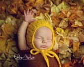 Knitting PATTERN - Eyelet Bonnet, newborn size, baby photography prop, baby shower gift, PDF instant download