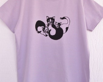 Mama Cat and Kittens T-Shirt Womens Pale Lilac Cotton