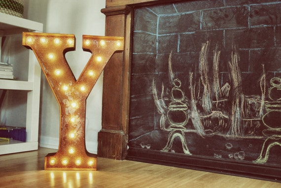 "Letter Y - 24"" Vintage Marquee Lights"