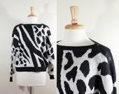 SALE Vintage Black & White Graphic Print Zip Shoulder Sweater