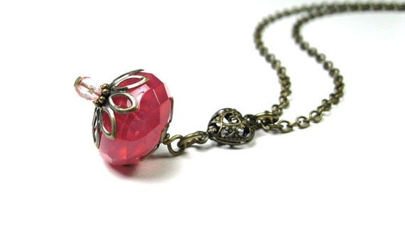 Vintage Style Pendant Necklace Strawberry Rose Blush Pink Grapefruit Czech Glass Jewelry Romantic Filigree Antiqued Brass Heart Accessories