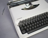 Olympia Olympiette White Typewriter w/ Ribbon