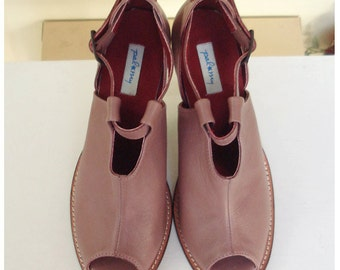 Paloma in rosy brown, 3 inches heels peep-toe, super soft and comfortable with arch support