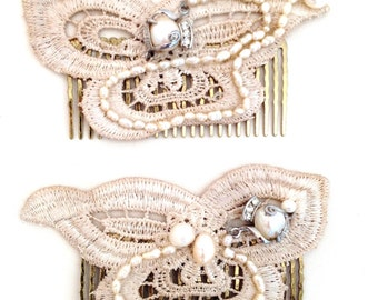 Lace hair slide with a vintage piece  in the middle and fresh water pearls decorating the whole piece
