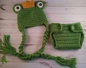 Newborn Frog Prince Hat and Diaper Set, Newborn Photo Prop, Frog Hat and Diaper Set