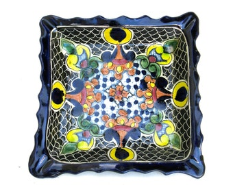 lovely vintage mexican plate   ...   talavera pottery