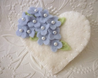 Felt Flower Brooch Pin Mothers Day Heart Beaded Blue Flowers Mom