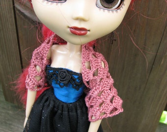 Small Cranberry Skull Shawl for Dolls fit Blythe and Pullip Dolls