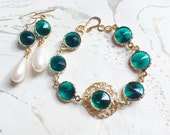 Jewel Gold Filigree Bracelet and Earring Set Green by MinouBazaar