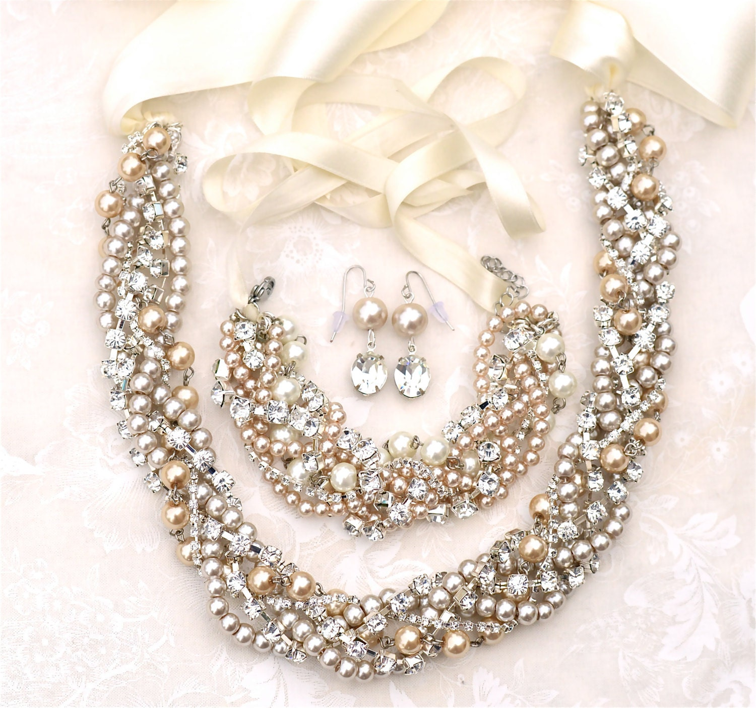Pearl Jewellery Necklace >> Chunky Pearl Necklace Bracelet Earrings Set Champagne Pearl