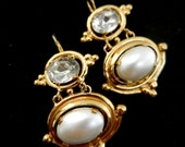 Adorable dangling pearl earrings - pearl oval cabochon & dazzling oval crystal- 1970 Italy - Art.706/3 -