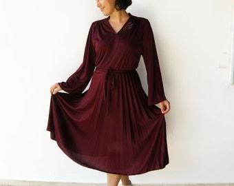 Vintage 70s Disco Dress / 1970s Burgundy Dress / Size M L