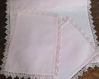 Dresser Set Runner & Doilies Pink Linen w Tatting Handmade 3 pc set