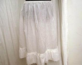 Vintage 1950's Pretty White Cotton Eyelet Petticoat Skirt Sz Med LG
