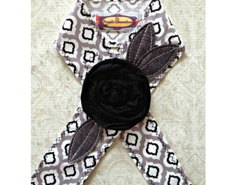 Gray and Black Quatrefoil Headwrap  Head Wrap  Spring Fashion Black and White Headband Tichel Sash Headcover Tie on Headband