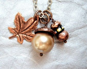 Czech champagne pearl acorn and copper leaf forest floor fall necklace  - DR275