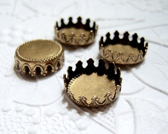 4 - Antiqued brass 13mm crown edge settings - GN101
