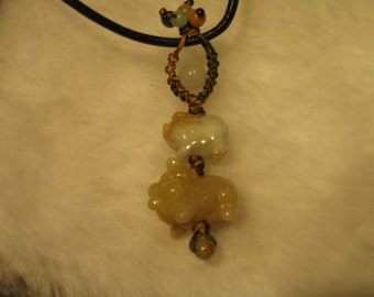 KAWAI  PIGS ...  Natural Jade Handknotted Pendant / Necklace / Choker