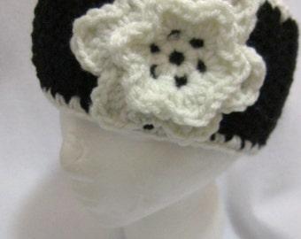 Black and Eggshell Crochet Headwarmer, Crocheted Black and Cream Earwarmer, Winter Wear, Multicolor Headband, MADE TO ORDER