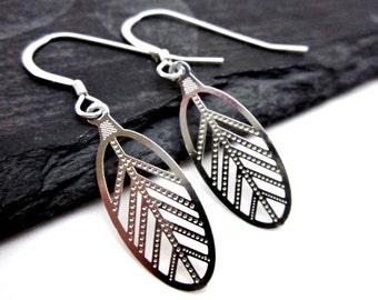 Small Leaf Earrings -- Silver Metal Leaf Earrings -- Laser Leaf Earrings -- Silver Leaf Jewelry