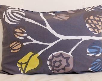 """Floral Marimekko Pillow Cover, Handmade, 14""""x20"""" (38x50cm)"""