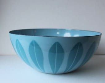 "Vintage 8"" Cathrineholm Lotus Enamel Bowl, Pastel Blue, Norway"
