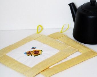 Embroidered Linen Pot Holders Set of 2, Natural Linen and Cotton, Eco-friendly Hot Pads,