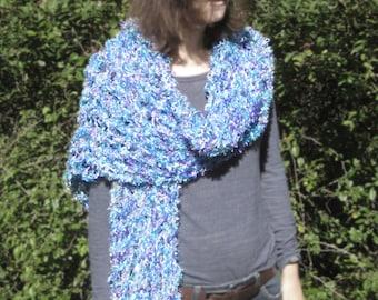 Twister fishnet scarf
