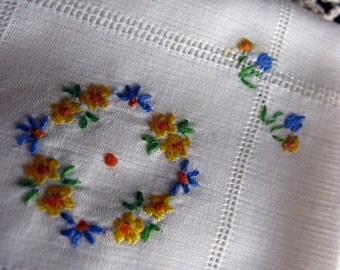 Fabulous Open Work LINEN Mid-Century Vintage Embroidered Handkerchief (Hankie)
