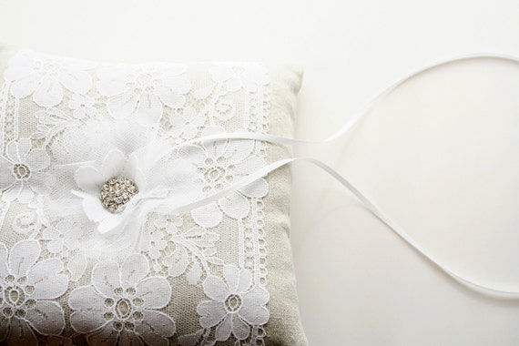Lace Ring Bearer Pillow, Tulle Pillow, White Ring Pillow