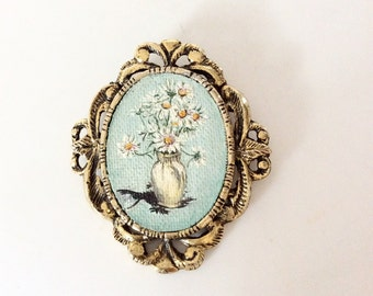 Painting brooch Wearable art brooch white daisy old 1970s signed pin and pendant