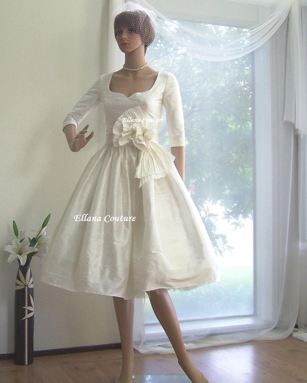 Marianne Vintage Inspired Wedding Dress With 3/4 Sleeves