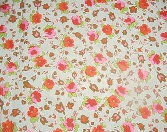 "Vintage Cotton Fabric Quilting 1940s 1 Yd. L 37"" W Mint Floral"