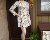1960's Cream and Brown Pattern Minidress