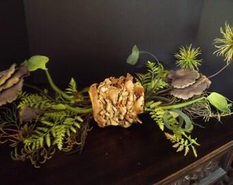 Table Arrangement, Floral Arrangement, Coffee Table Decor, Modern Table Decor, Unique Floral Arrangements, Floral Art, Table Arrangement