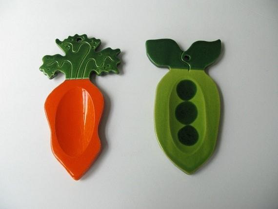 Vintage ceramic spoon rest set vegetable