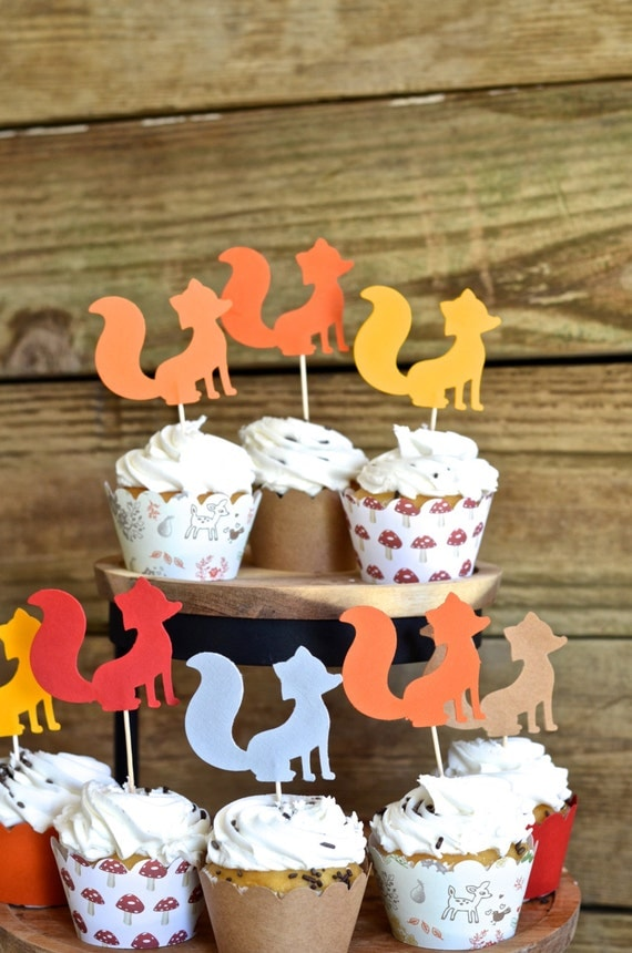 Fox Silhouette Cupcake Toppers - 12 little foxes in shades of orange, red, grey and/or brown