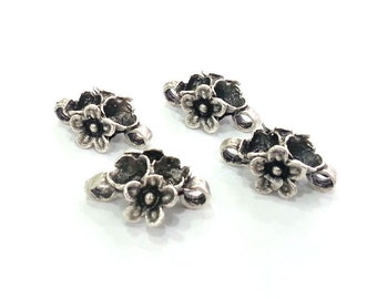 2 Silver Charms Flower Charms , Antique Silver Plated Brass 2 pcs (20x13 mm)  G3001