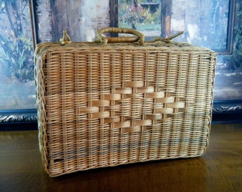 Large Vintage Wicker Suitcase with So Many Uses... Storage, Organization, Picnic or Wedding Card Suitcase