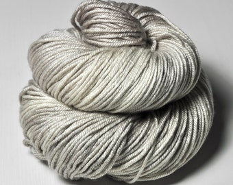 Dead sand flea (2) - Silk/Merino DK Yarn superwash