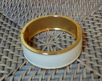 Vintage Bangle Cuff White Enamel Gold Hinged Clapper Bracelet