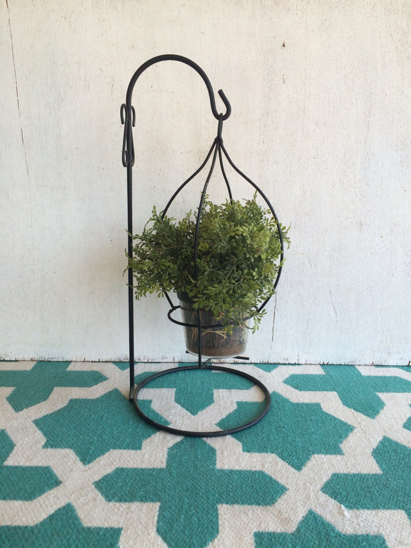vintage metal hanging plant holder. Black Bedroom Furniture Sets. Home Design Ideas