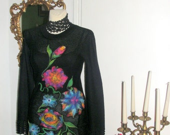TUNIC bLACK ,  DRESS  felted , knitting tunic ,Black color slims, flower felted, crochet lace.