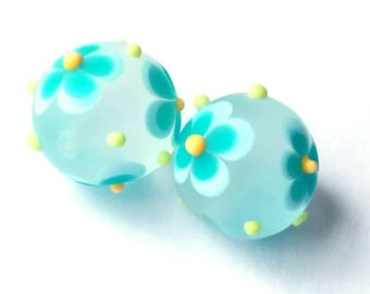 Turquoise - Dolly Mixtures - Dotty Flowers - Handmade Lampwork - UK - SRA