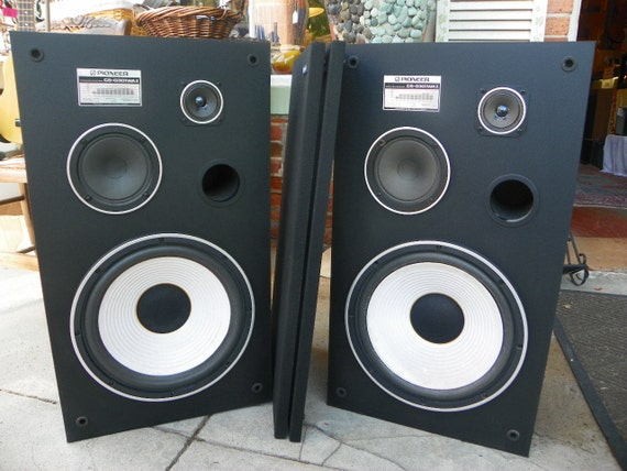 vintage pioneer cs g301wa ii stereo speaker pair set. Black Bedroom Furniture Sets. Home Design Ideas