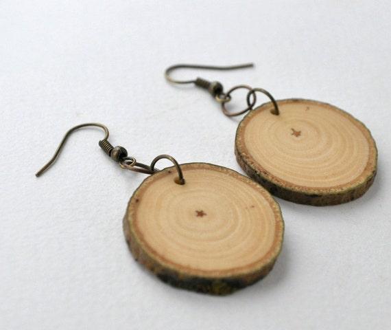 poplar earrings handmade wooden earrings by woodsofnarnia